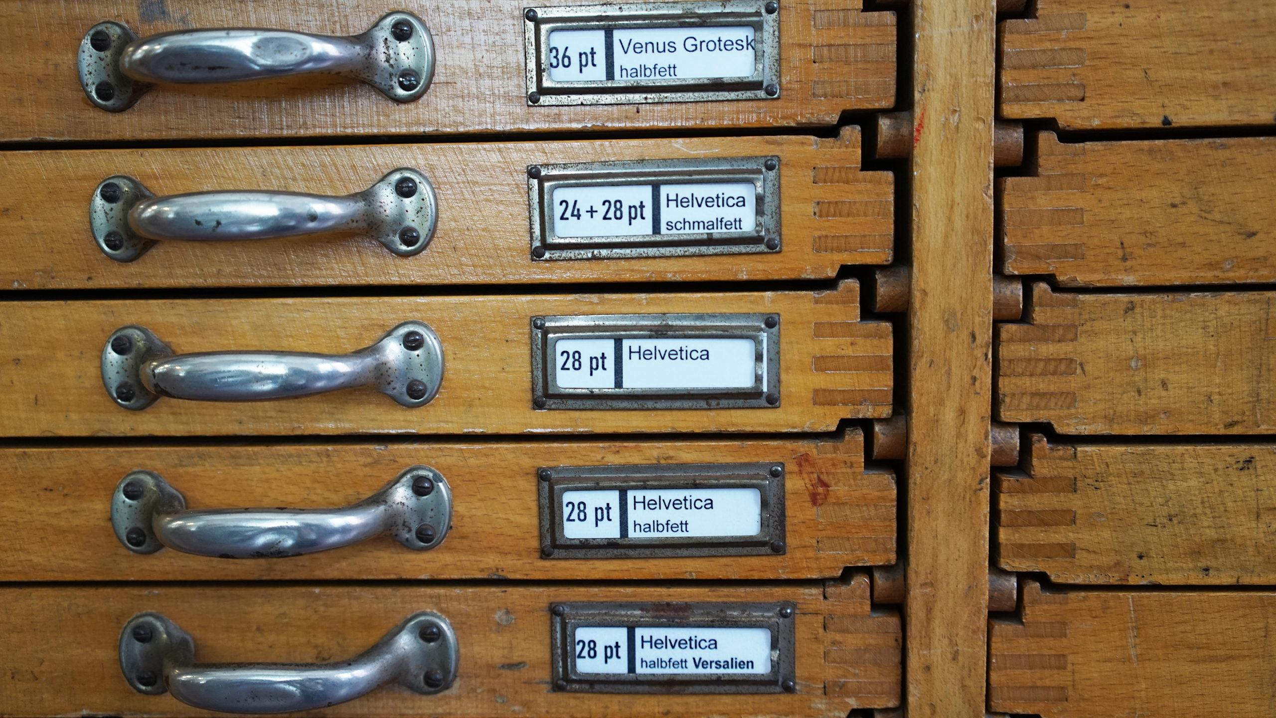 Satzregal, Grafisches Gewerbe, Setzerei, Museum der Arbeit, © Museumsdienst Hamburg, Muriel Borchert