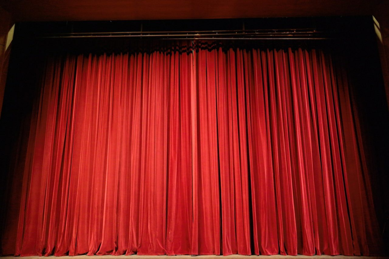 Roter Theatervorhang