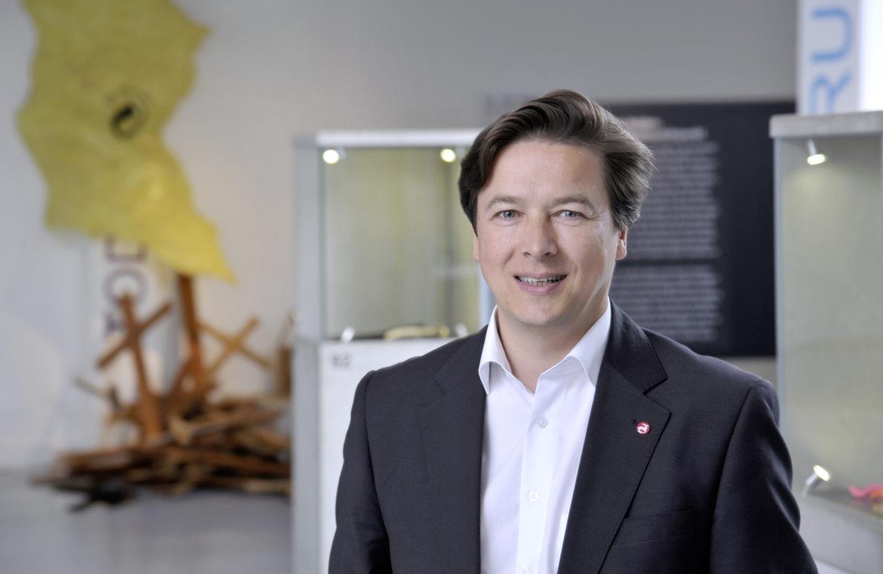 Portätfoto von Prof. Dr. Rainer Maria Weiss, Direktor des Archäologischen Museum Hamburg