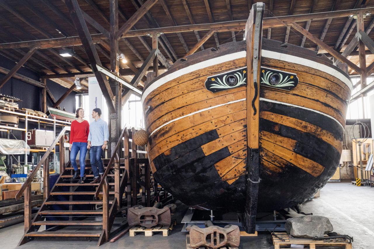 Ewer Herrmann im Schaudepot des Hafenmuseums Hamburg